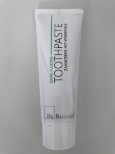 Dermatitis perioralis, clownseczeem gebruik tandpasta zonder Fluoride