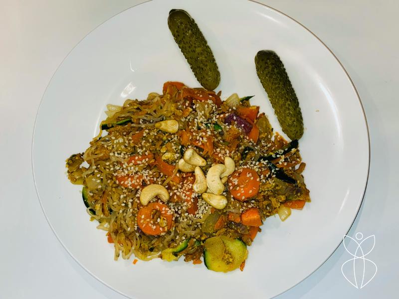 Zeropasta met courgette, wortel en quorn gehakt